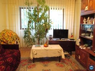 Apartament 3 camere de vanzare, zona B-dul Bucuresti, 62 mp