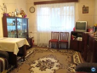 Apartament 3 camere de vanzare, zona Vest - Lamaita, 43.02 mp