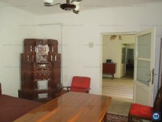 Casa cu 3 camere de vanzare, zona Lupeni, 46.40 mp