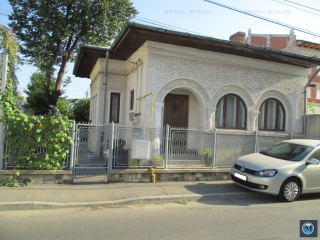 Casa cu 4 camere de vanzare, zona Gheorghe Doja, 100 mp