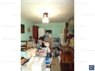 Apartament 2 camere de vanzare, zona Vest, 56.80 mp