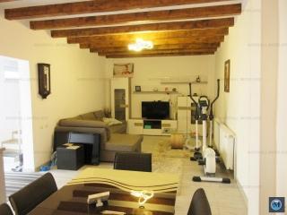 Casa cu 3 camere de vanzare, zona Central, 110 mp