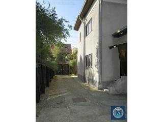 Vila cu 8 camere de vanzare, zona Eminescu, 199.56 mp