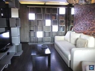 Apartament 3 camere de vanzare, zona Democratiei, 75.28 mp
