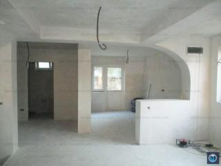 Vila cu 4 camere de vanzare, zona Republicii, 200 mp
