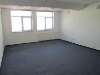 Spatiu  birouri de inchiriat, zona Vest, 30 mp
