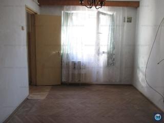 Apartament 3 camere de vanzare, zona Baraolt, 42.83 mp