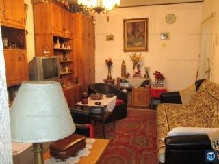 Apartament 3 camere de vanzare, zona Democratiei, 61.68 mp