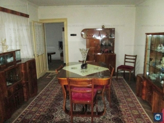 Casa cu 4 camere de vanzare, zona Gheorghe Doja, 84.09 mp