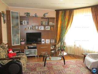 Vila cu 5 camere de vanzare, zona Postei - Bucov, 205.9 mp