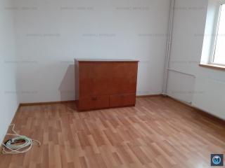 Apartament 3 camere de vanzare, zona Baraolt, 67.06 mp