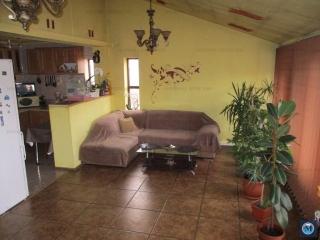 Vila cu 4 camere de vanzare, zona Marasesti, 75.7 mp