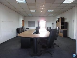 Spatiu  birouri de inchiriat, zona Sud, 250 mp