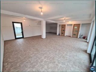 Vila cu 4 camere de vanzare in Strejnicu, 185 mp