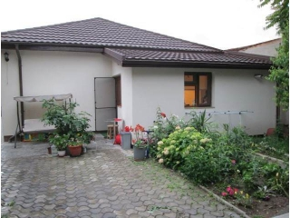 Vila cu 3 camere de vanzare, zona Cantacuzino, 300 mp