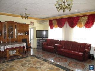 Vila cu 6 camere de vanzare, zona Mihai Bravu, 240 mp