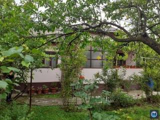 Casa cu 2 camere de vanzare in Cotofenesti, 73.92 mp