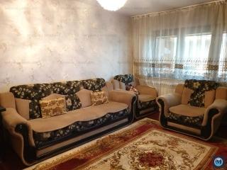 Apartament 3 camere de vanzare, zona Malu Rosu, 70 mp