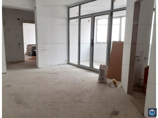 Apartament 3 camere de vanzare, zona 9 Mai, 81.15 mp