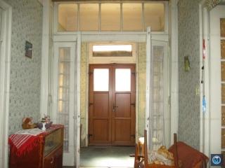 Casa cu 5 camere de vanzare, zona Marasesti, 135 mp