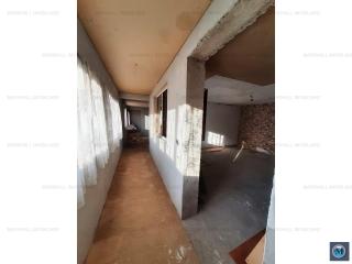 Vila cu 4 camere de vanzare, zona Republicii, 100 mp