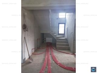 Vila cu 6 camere de vanzare in Strejnicu, 220 mp