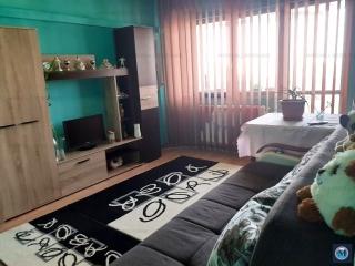 Apartament 3 camere de vanzare, zona Marasesti, 66 mp