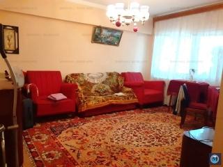 Apartament 3 camere de vanzare, zona Republicii, 76 mp