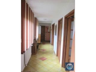 Casa cu 2 camere de vanzare, zona Parcul Tineretului, 100 mp
