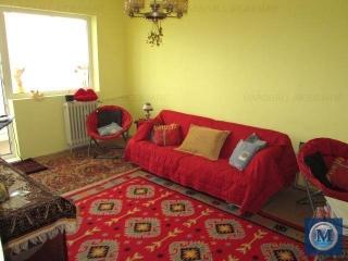 Apartament 3 camere de vanzare, zona Malu Rosu, 65.88 mp