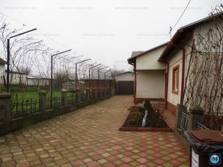 Casa cu 4 camere de vanzare in Parepa-Rusani, 95 mp