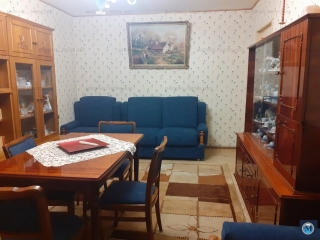 Apartament 4 camere de vanzare, zona Malu Rosu, 86.08 mp