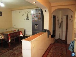 Casa cu 3 camere de vanzare, zona Postei - Bucov, 65 mp