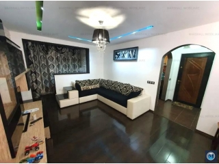 Apartament 2 camere de vanzare, zona Cina, 52 mp