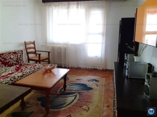 Apartament 3 camere de vanzare, zona Baraolt, 41 mp