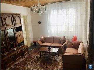 Vila cu 7 camere de vanzare in Urlati, zona Central, 215.12 mp