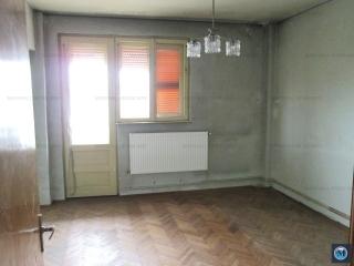 Apartament 4 camere de vanzare, zona Ultracentral, 92.75 mp