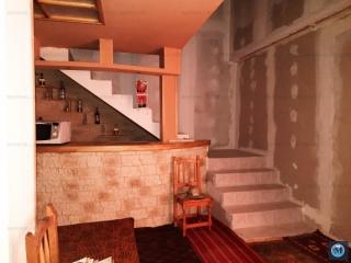 Vila cu 6 camere de vanzare, zona Sud, 199.3 mp