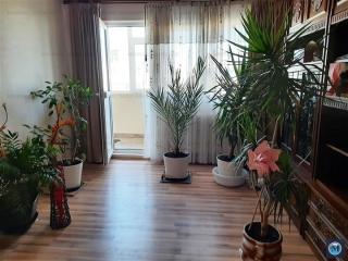 Apartament 3 camere de vanzare, zona B-dul Bucuresti, 71.89 mp
