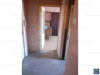 Apartament 2 camere de vanzare, zona Sud, 51 mp