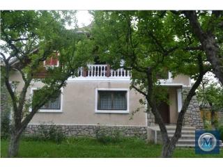 Casa cu 6 camere de vanzare in Izvoarele, 189.23 mp