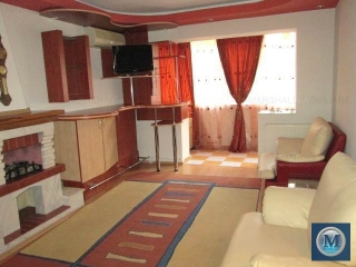 Apartament 4 camere de vanzare, zona Republicii, 77.56 mp
