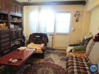 Apartament 4 camere de vanzare, zona Democratiei, 90.08 mp