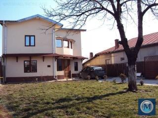 Vila cu 6 camere de vanzare in Barcanesti, 116.67 mp