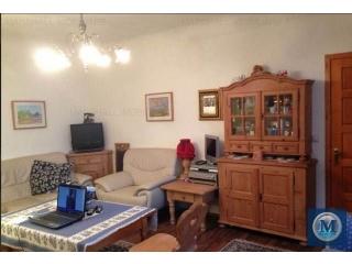Casa cu 5 camere de vanzare, zona Central, 139.17 mp
