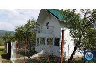 Vila cu 3 camere de vanzare in Sotrile, 59.6 mp