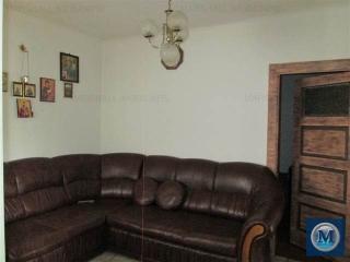 Casa cu 4 camere de vanzare, zona Eroilor, 80.9 mp