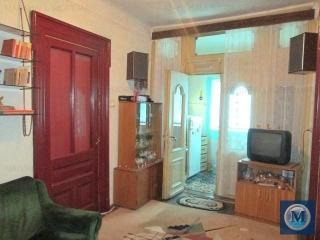 Casa cu 5 camere de vanzare, zona Democratiei, 99 mp
