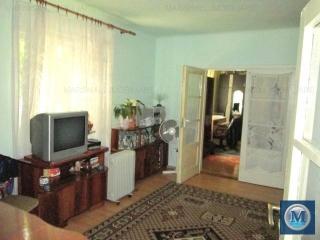 Casa cu 5 camere de vanzare, zona Central, 123.84 mp