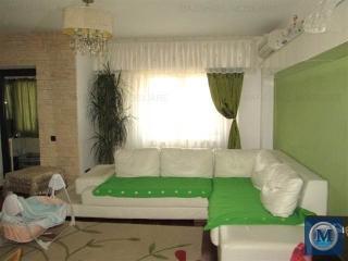 Apartament 3 camere de vanzare, zona Ultracentral, 71.28 mp